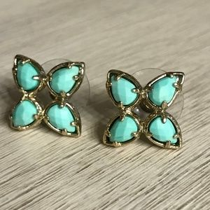 Jewelry - Mint Color Beveled Stone 4 Point Studs
